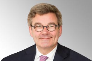 Pieter J de Vries 博士