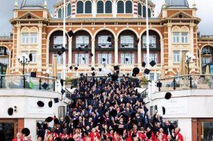 BSN荷兰商学院2010全球毕业典礼
