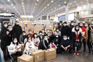 抗击疫情|48小时,30万只俄罗斯华人捐赠医用口罩已转交受赠方!